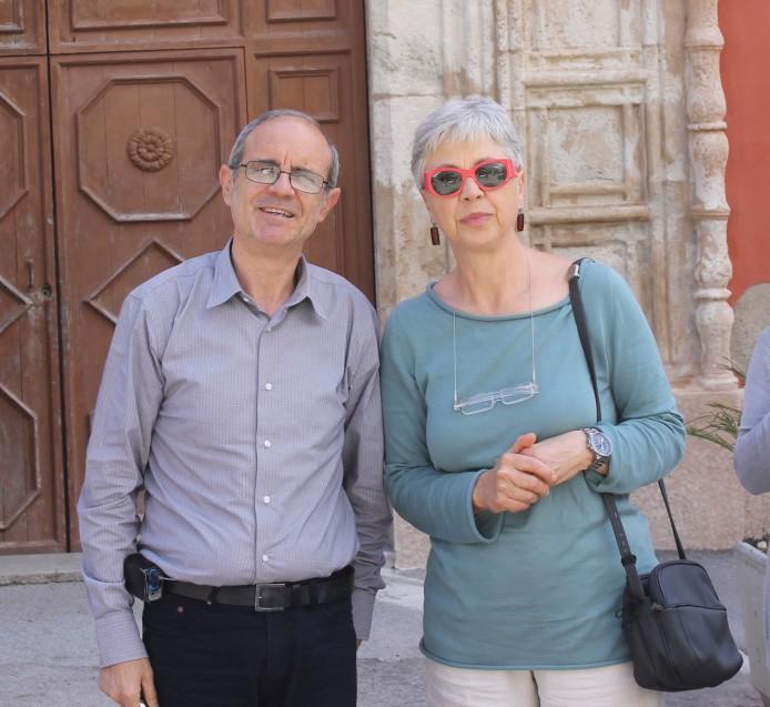 Piccolo3 con il presidente di SiciliAntica di Ciminna davanti la matrice.jpg