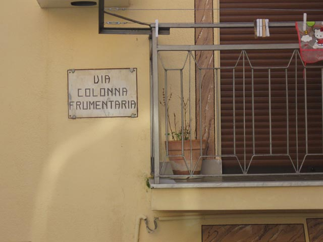colonna frumentaria