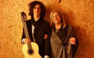 Sara Favarò con il chitarrista Ferdinando Sclafani